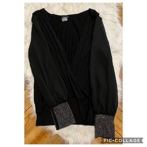 🦋Venus Black Long-Sleeved Blouse with Studded🦋